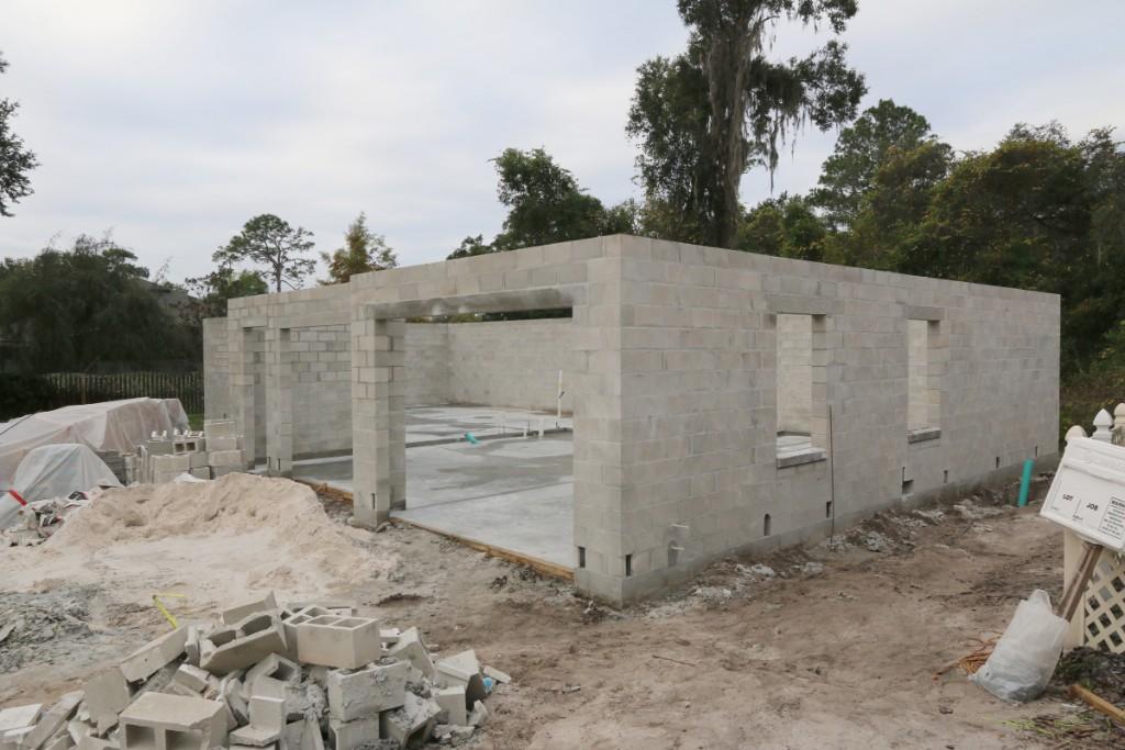 Detached garage for Garage block