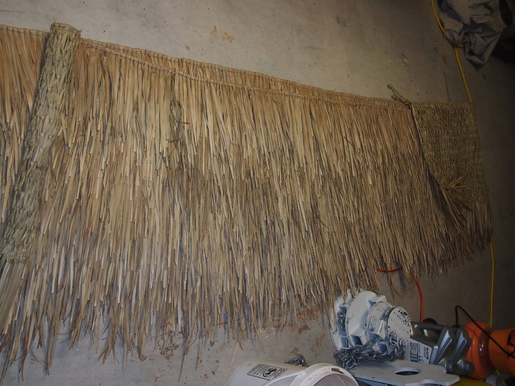 Great Tiki Bar Grass Roof 1067 x 800 · 259 kB · jpeg